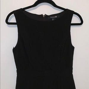 Forever 21 Dresses - Black shift dress
